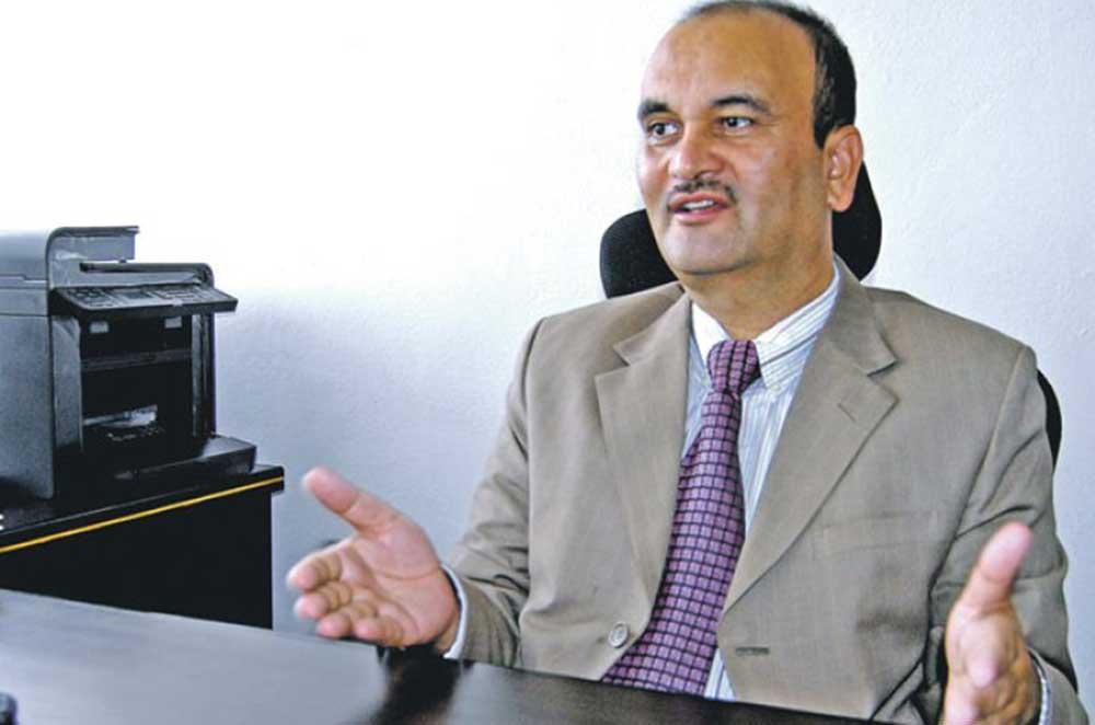 एशियाली विकास बैंकको निर्देशक पदबाट पूर्वमुख्य सचिव सोमलाल सुवेदी फिर्ता